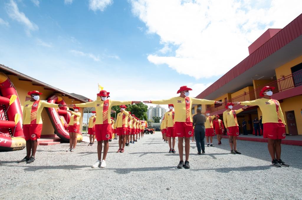Corpo de Bombeiros forma 32 novos guarda-vidas
