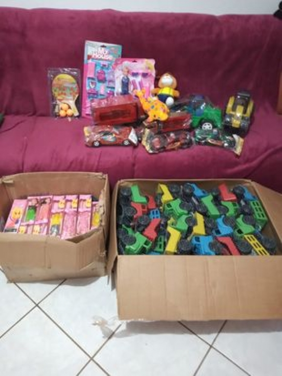 Voluntários arrecadam brinquedos