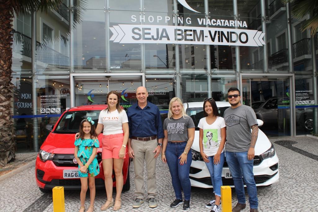ViaCatarina entrega carros da promoção de Natal