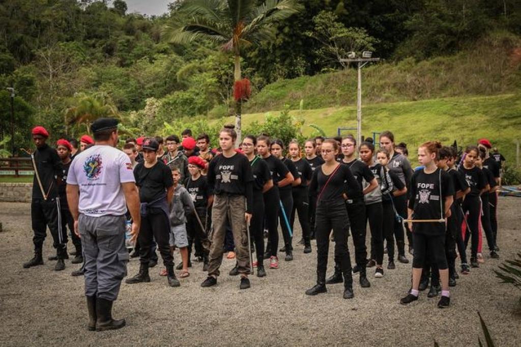 Acampamento do Fope envolve 60 estudantes