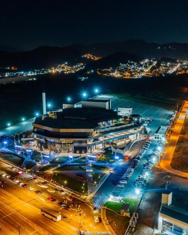Com 200 eventos, Arena Petry celebra um ano