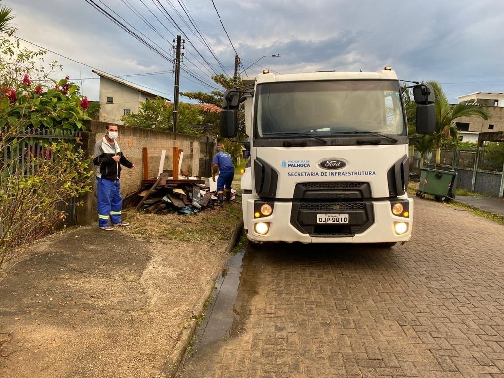 Mais 9 toneladas de lixo retiradas das ruas de PH