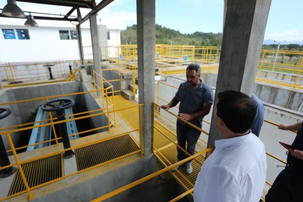 Prefeitura libera água tratada para a região Sul