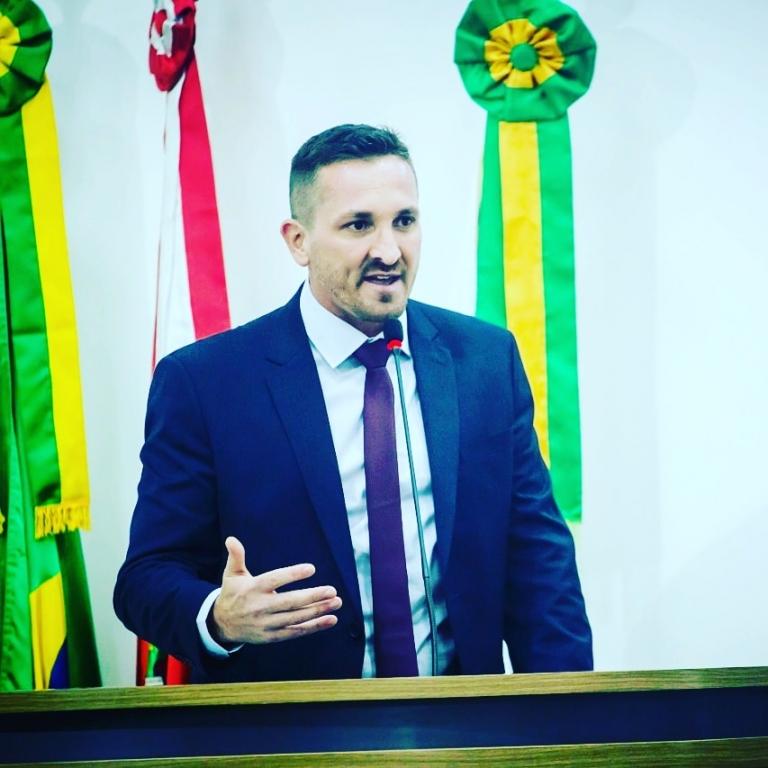 Vereador Rodolfo do Bem comemora leis sancionadas