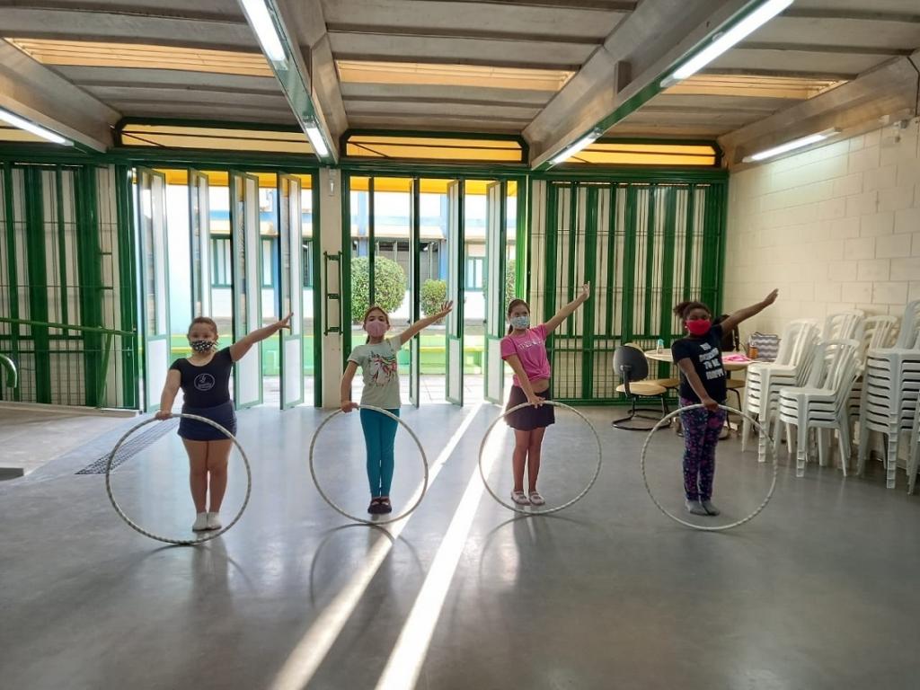 Palhoça reabre aulas de ginástica rítmica