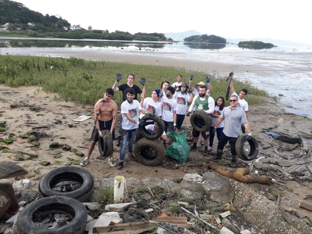 Um dia de dedicação ao meio ambiente