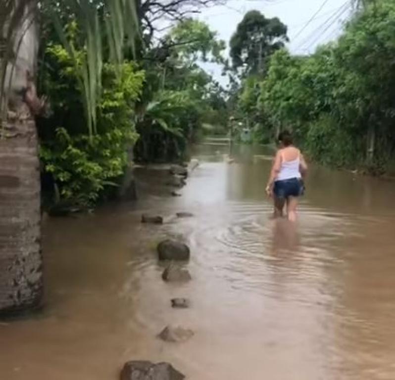 Chuva: moradores do Cumbatá relatam dificuldade