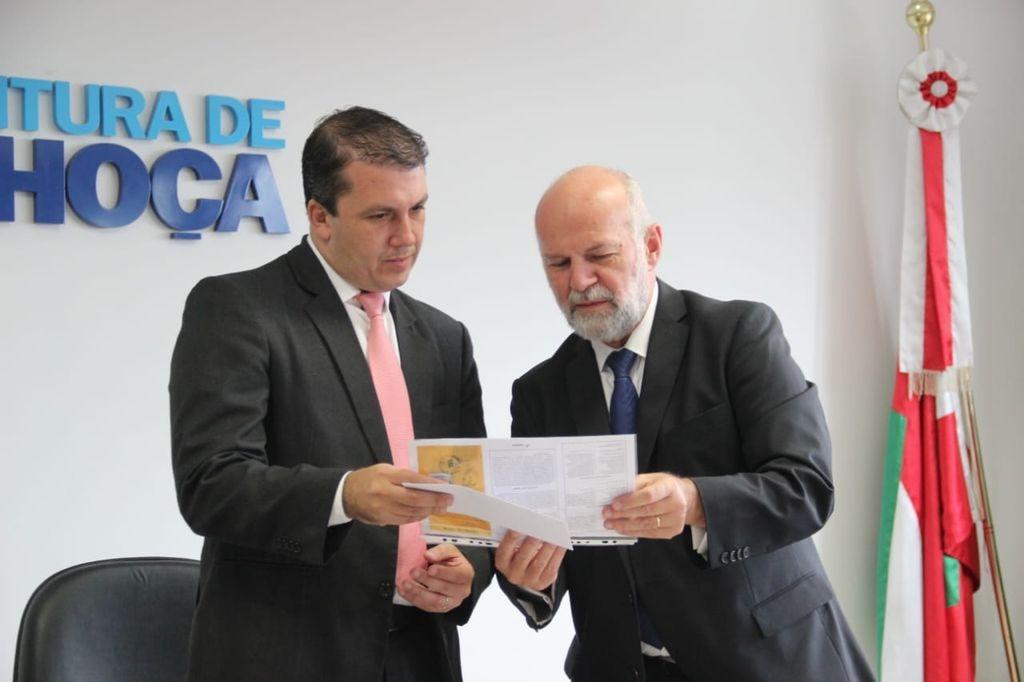 Embaixador de Luxemburgo visita Palhoça