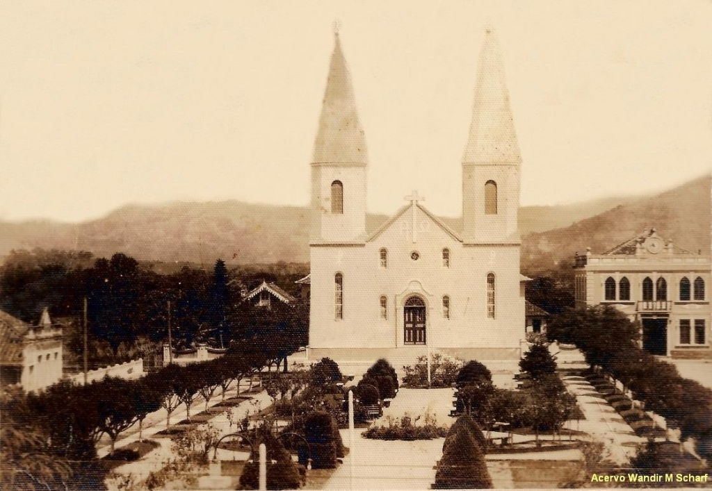 Paróquia no Centro celebra centenário em maio