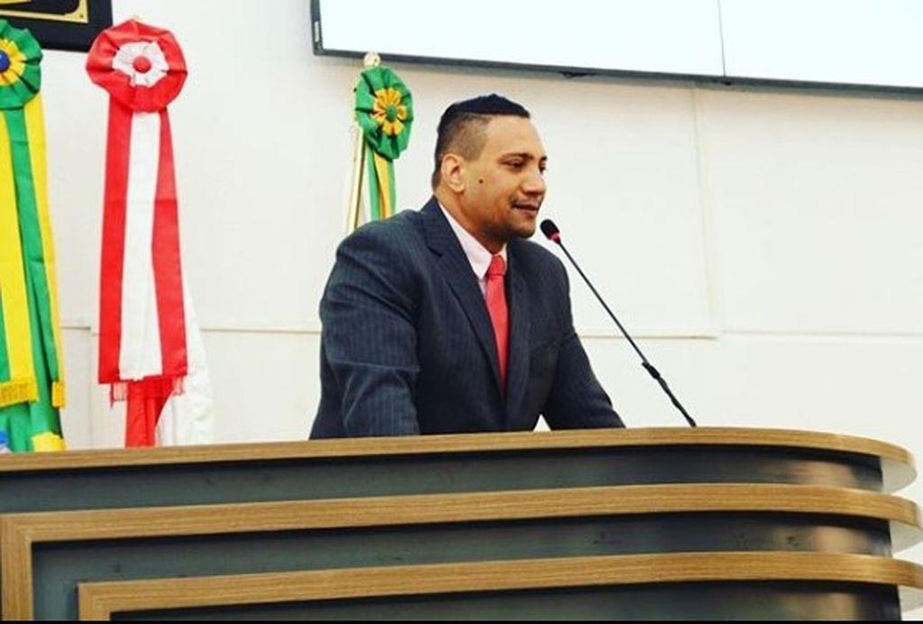 Política: Jean Negão, Edmilson Cruz e Cado