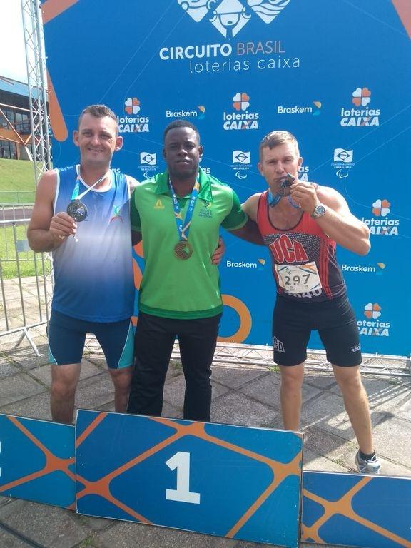 Cleomar conquista duas medalhas em Curitiba (PR)