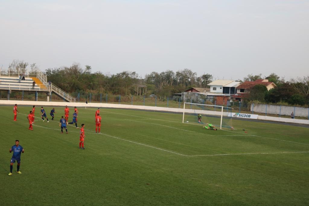 Guarani vence com gol nos acréscimos