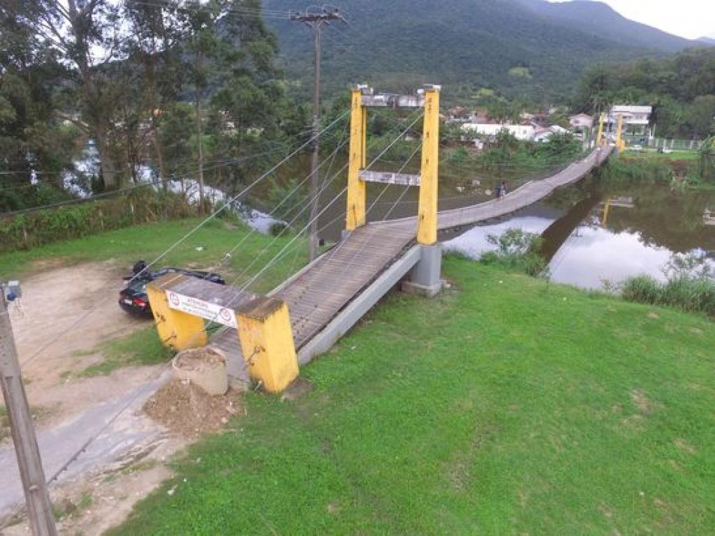 Dirce articula nova ponte na Guarda do Cubatão