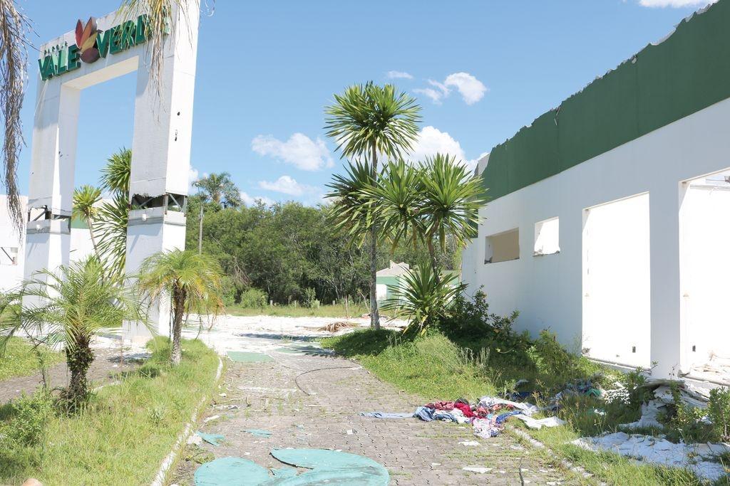 População preocupada com prédios abandonados