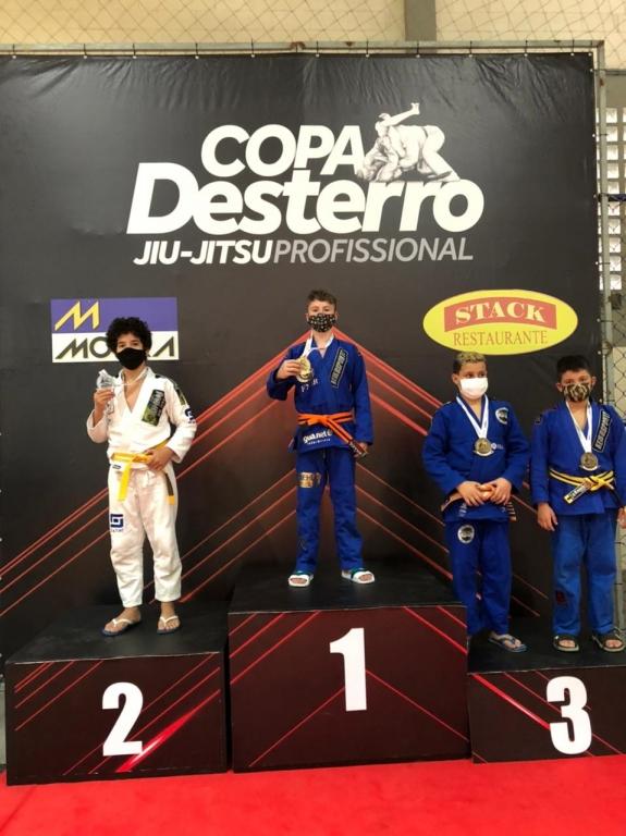 Palhocense de 11 anos vence Copa Desterro de Jiu-jitsu Profissional