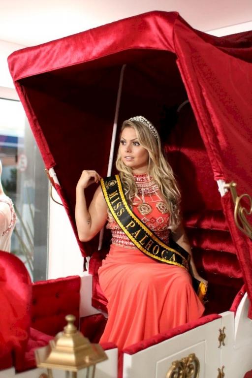 Misses Isabella Abdon e Vanessa Lodi participam de concursos de beleza