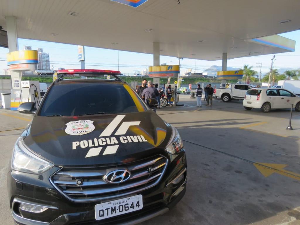 Operação integrada fiscaliza postos de combustível
