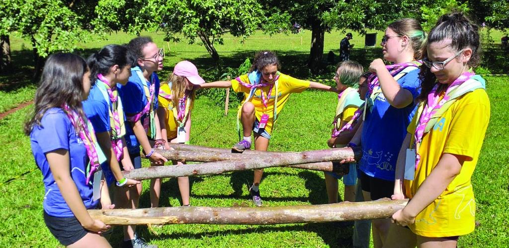 Escoteiros de Palhoça em acampamento internacional