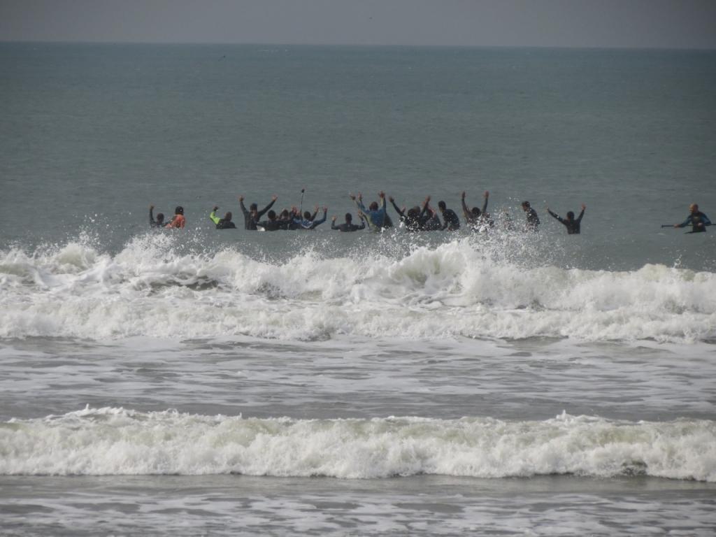 Luto: surfista 'Moscão' é homenageado na Pinheira