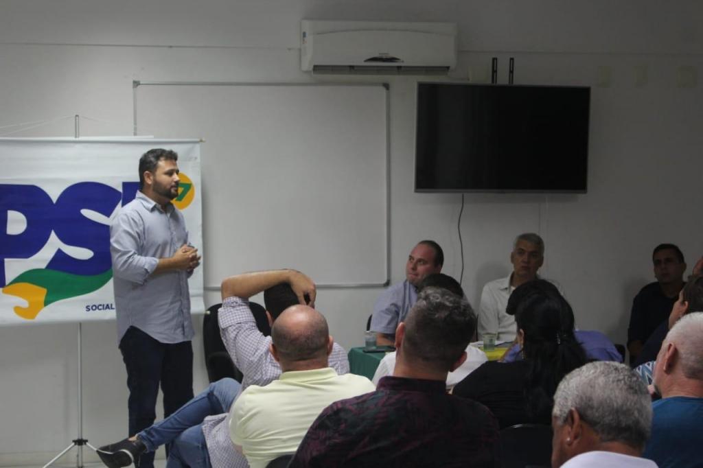 PSL municipal realiza encontro na CDL
