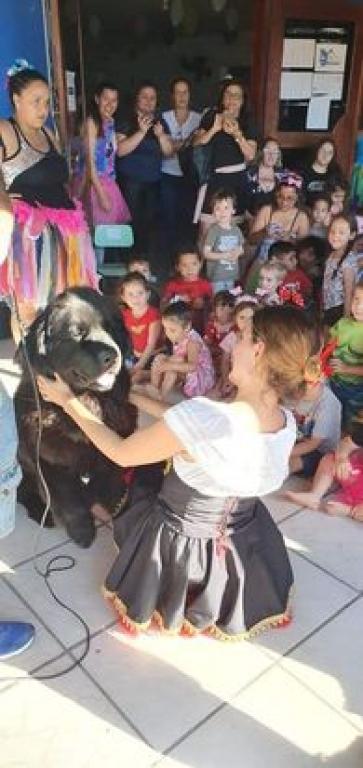 Festas movimentam comunidades no Dia das Crianças