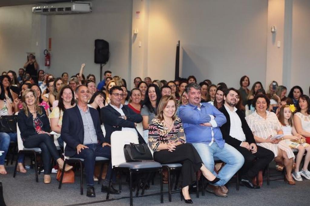 Secretaria de Palhoça participa de evento regional