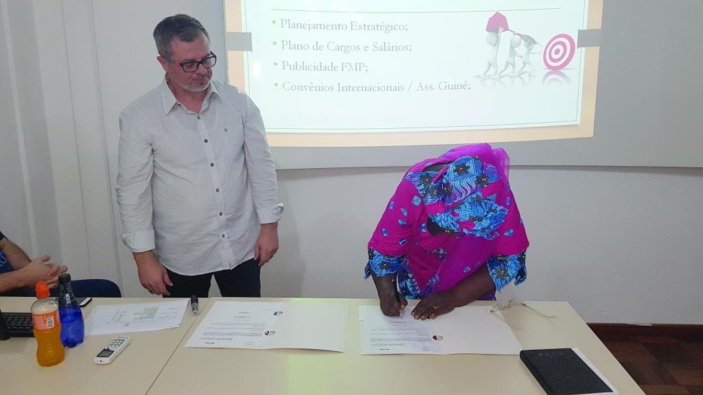 FMP prorroga convênio com a Guiné Bissau