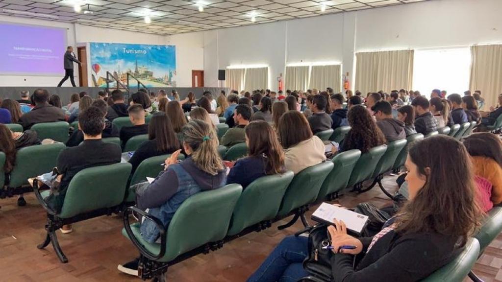 FMP: fórum reúne 2 mil participantes
