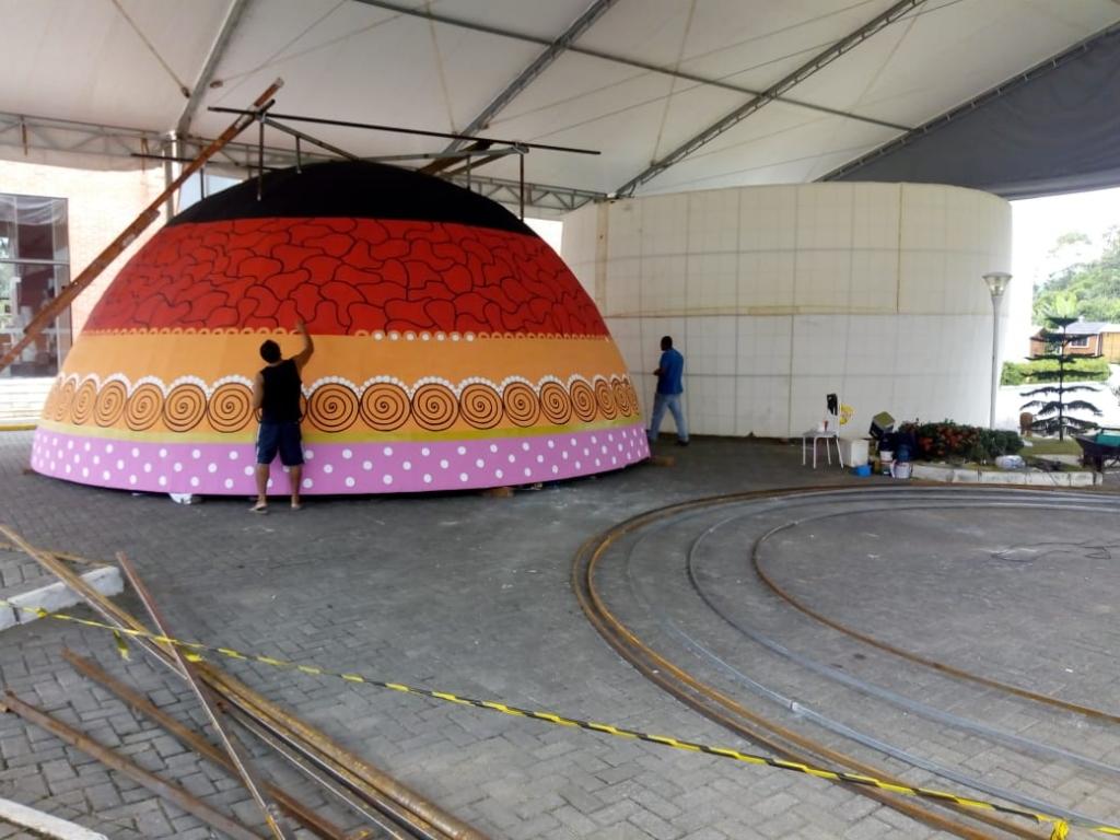 Pomerode prepara o maior ovo decorado do mundo