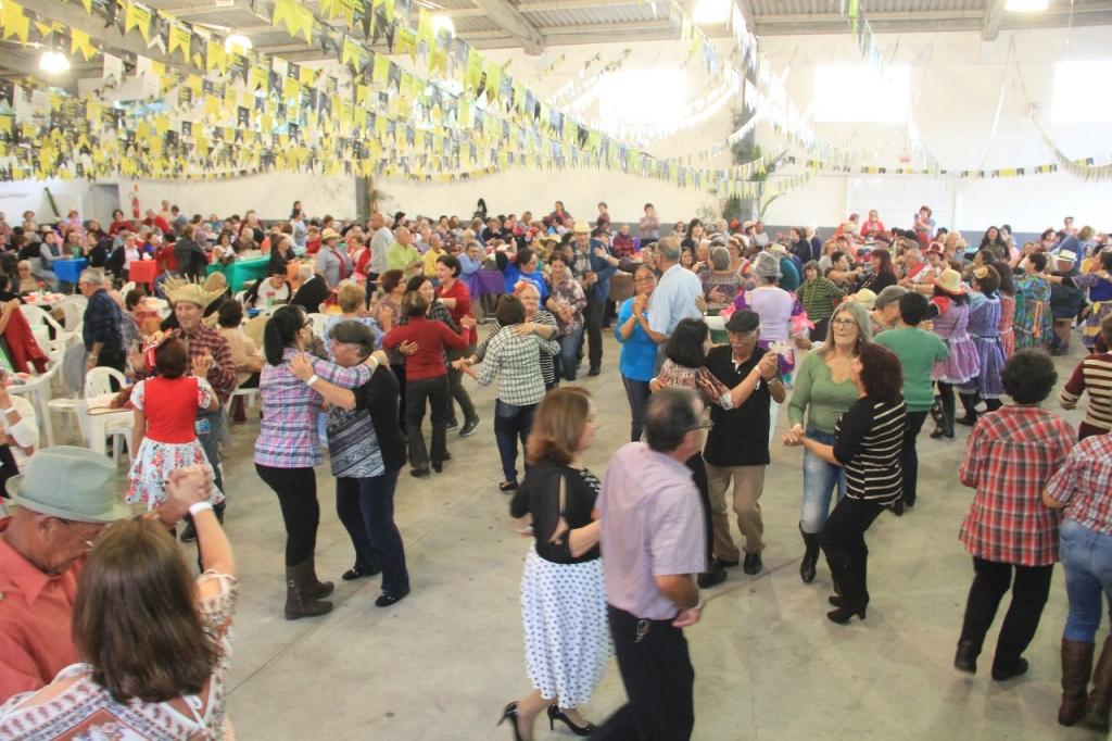 Cenas do cotidiano palhocense: as festas de junho