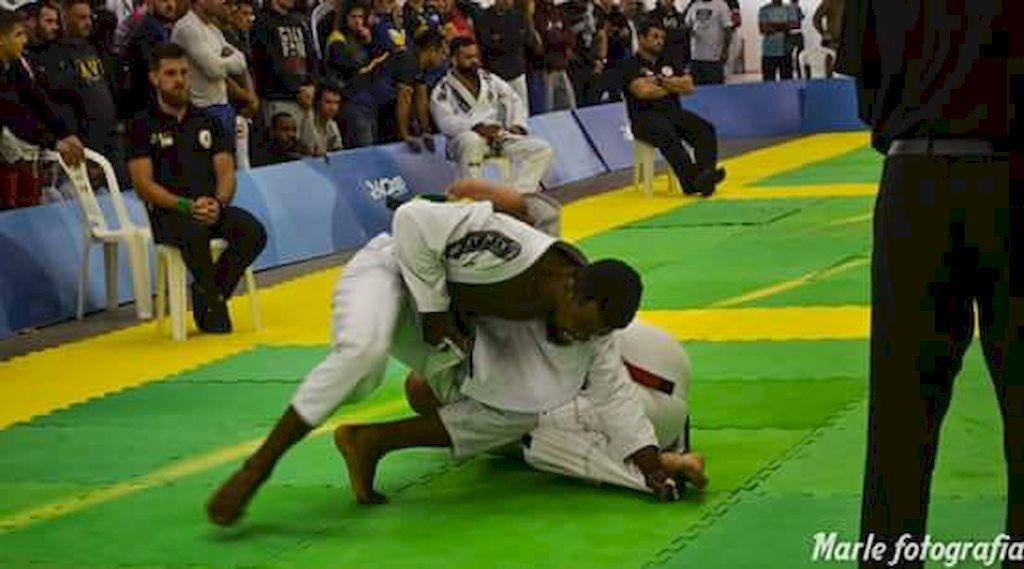Mazinho e Vinicius em ação nos Jasc