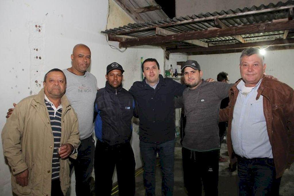 Moraes agradece pavimentações