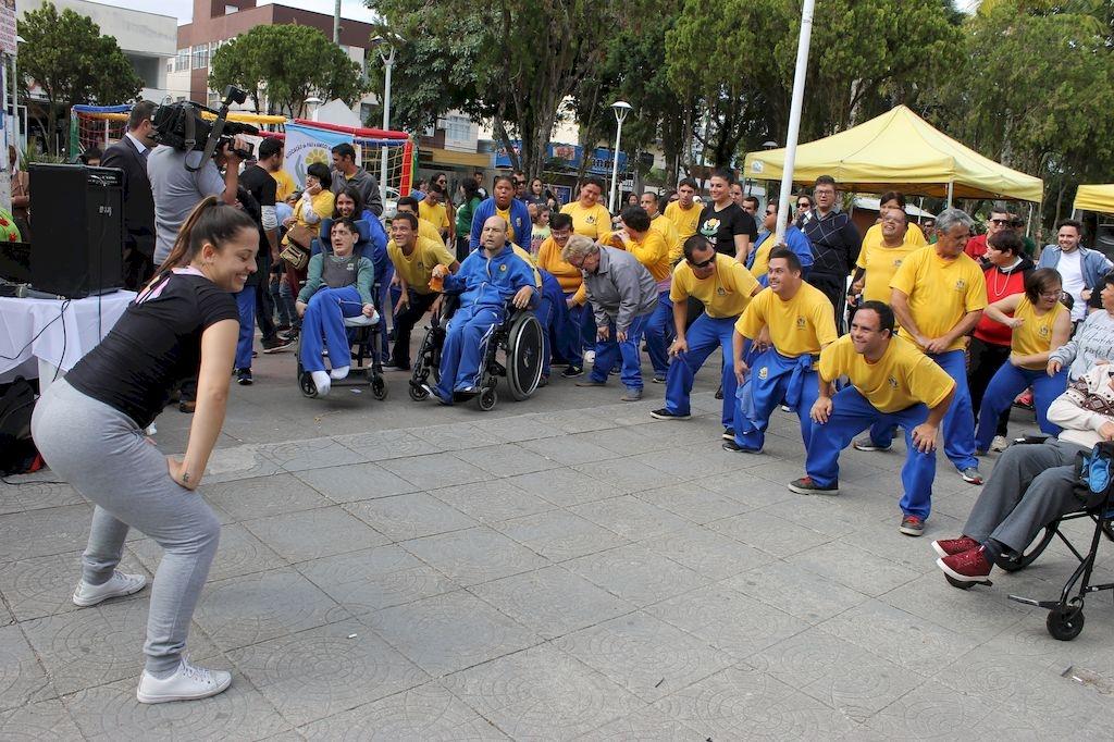 Evento da Apae na Praça Sete de Setembro