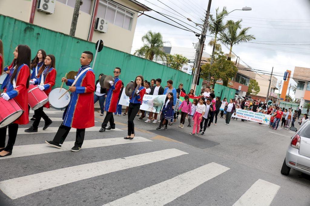 Desfile Cívico da turma da Associação Joáo Paulo II