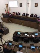 Após eleição polêmica, Câmara tem novo presidente