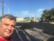 Bairro Brejaru recebe a primeira rua asfaltada