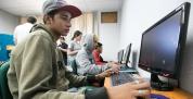 Aulas gratuitas de informática no Rio Grande