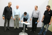 Palhocense e Primer assinam contrato de parceria