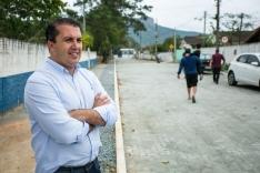 Prefeitura inaugura cinco ruas
