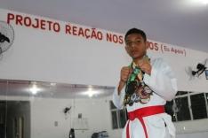Kauã Ribeiro de Souza é fera no taekwondo