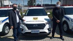Hélio Costa entrega viaturas para o IGP da Grande Florianópolis e do Meio Oeste