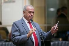 Nazareno compõe comissão de impeachment