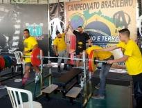 Halterofilista de PH é campeão brasileiro master