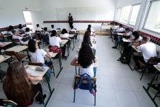 Governo inaugura escola