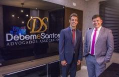 Debem e Santos – Advogados Associados reinaugura escritório no Centro de Palhoça