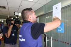 Procon fecha agência bancária no Centro