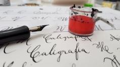 Oficina de caligrafia beneficente na Fatenp