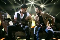 Casal realiza sonho de celebrar união durante show