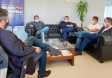 Hospital: prefeito busca apoio no governo de SC