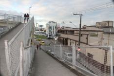 Perigo na passarela que liga o Centro ao Pagani